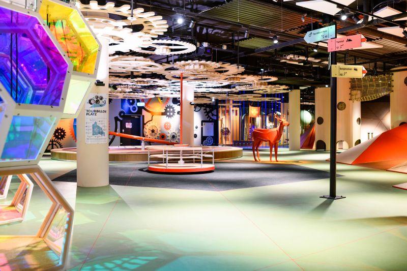corvin cristian   Mall of Switzerland Kaleidoscop playground